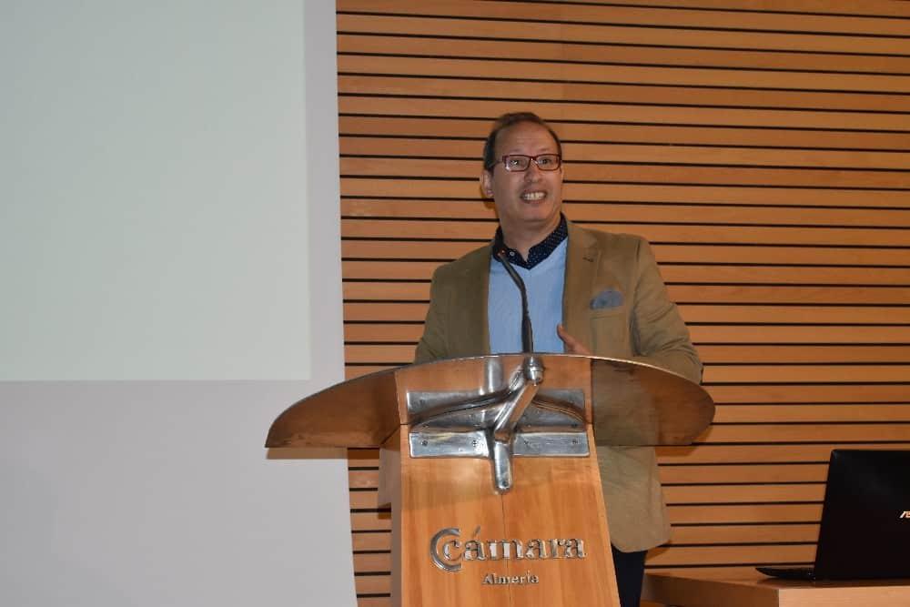 Dr Khalid, director de I+D+i de Trichodex
